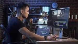 editor editing video