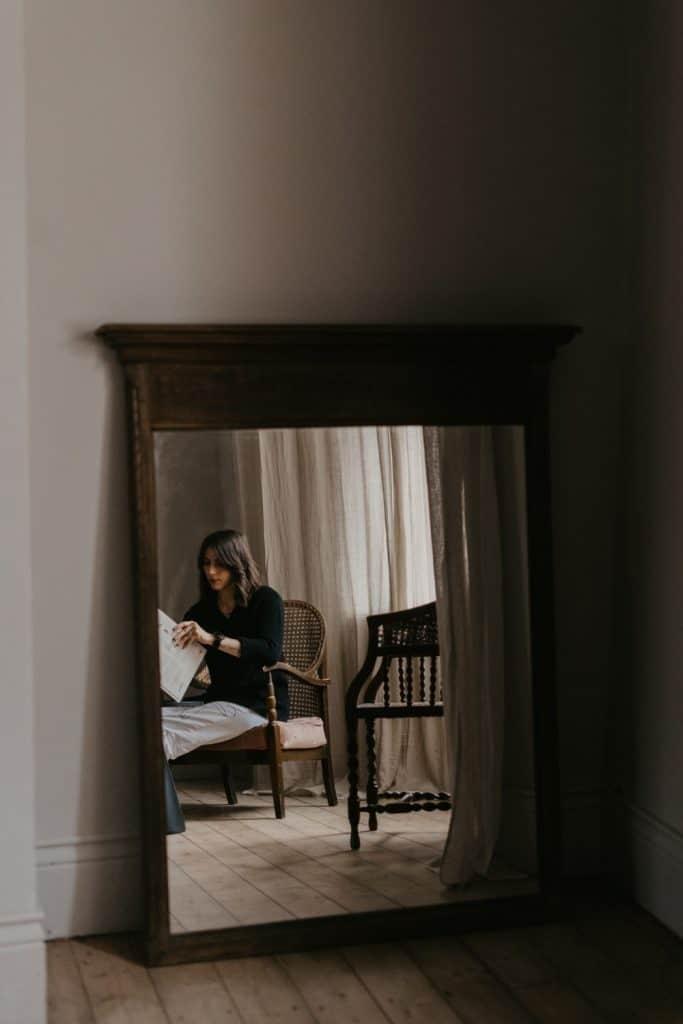 self portrait photo mirror